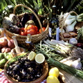 Légumes, fruits, moules, vin.